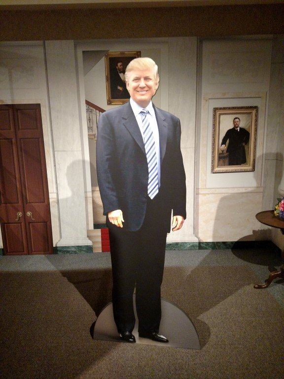 photo of trump at hoover museum