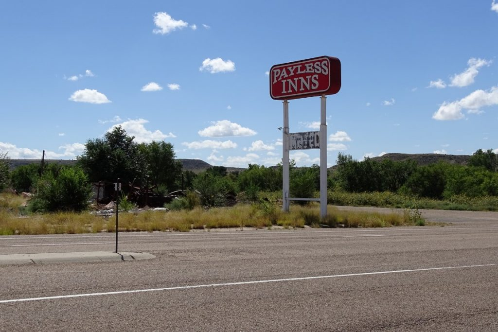 Payless inns on route 66 in new mexico